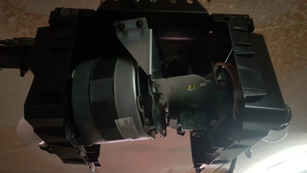 Openein liftmaster opener that has a limit module that needs to be replaced.