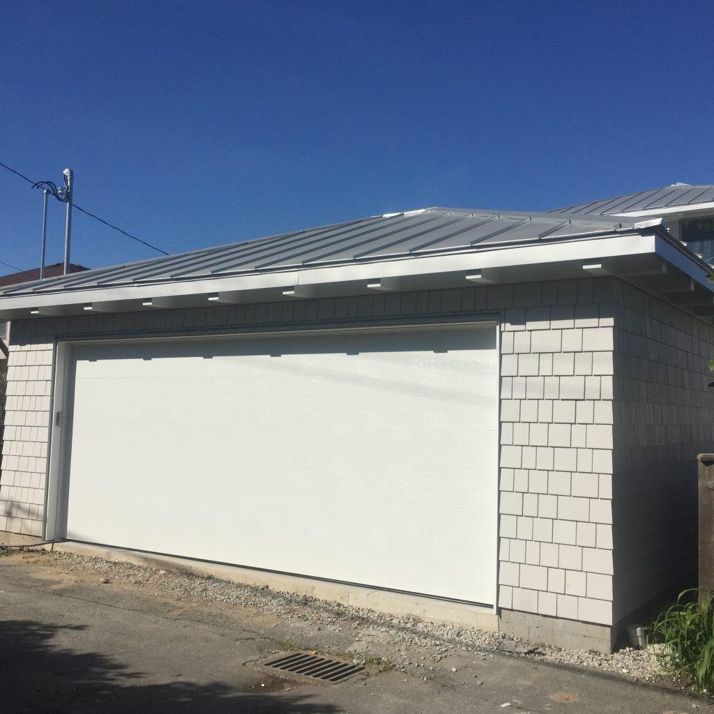 view of complete garage door in Vancouver Alley way