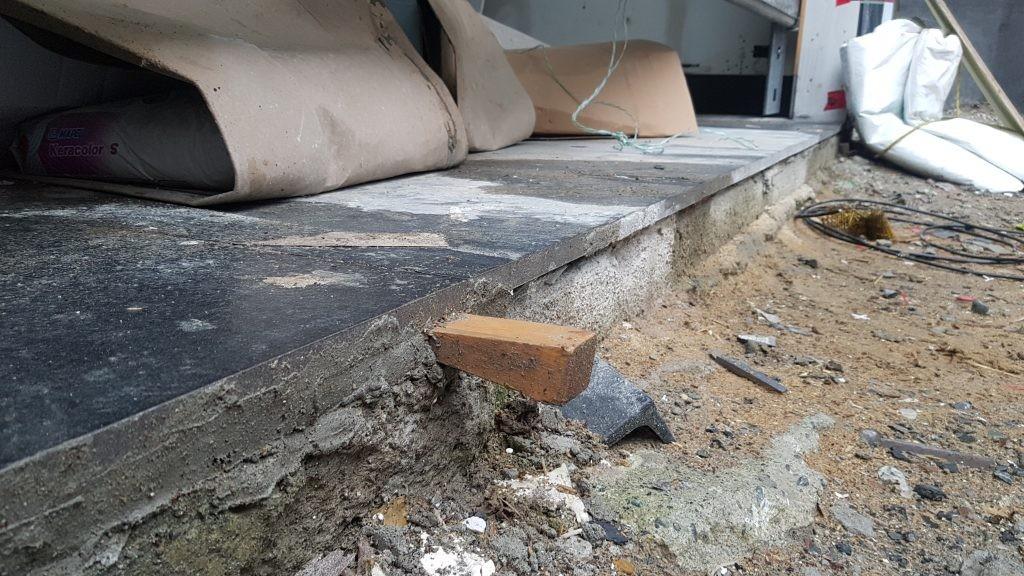 View of raised flooring in garage