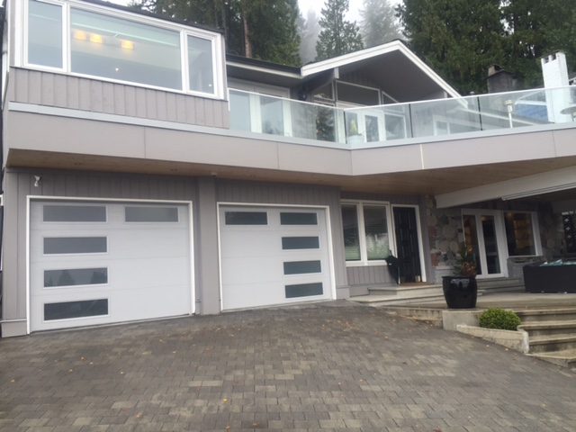 After view of new garage doors installed in North Vancouver.